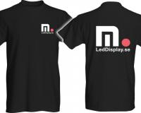 Microbus-svart-T-shirt-framBak
